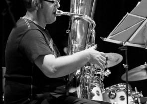 Tuba en la Big Band, Elda